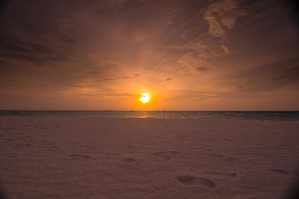025-Maldives.jpg