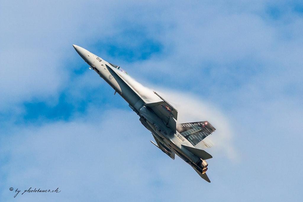 Air14-008.jpg